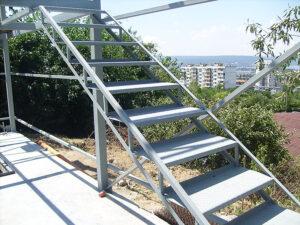 Метални стълби и конструкции от метал